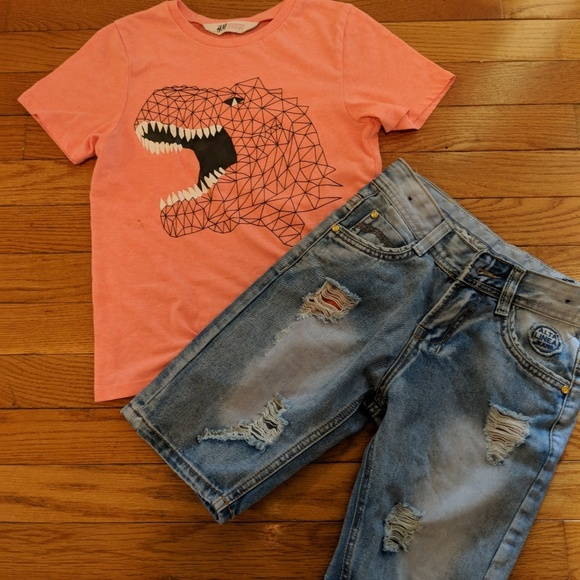 0c7f50268bbe5 H M Other - ⚽🏈🏉Boys shorts.and tee shirt